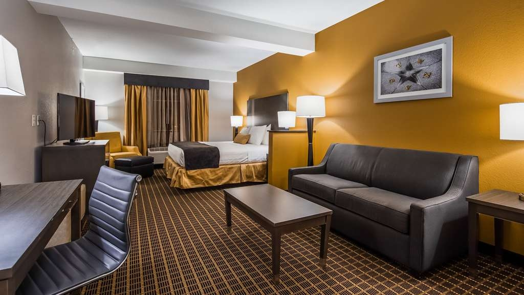 Best Western Plus Lampasas Inn & Suites - Suite