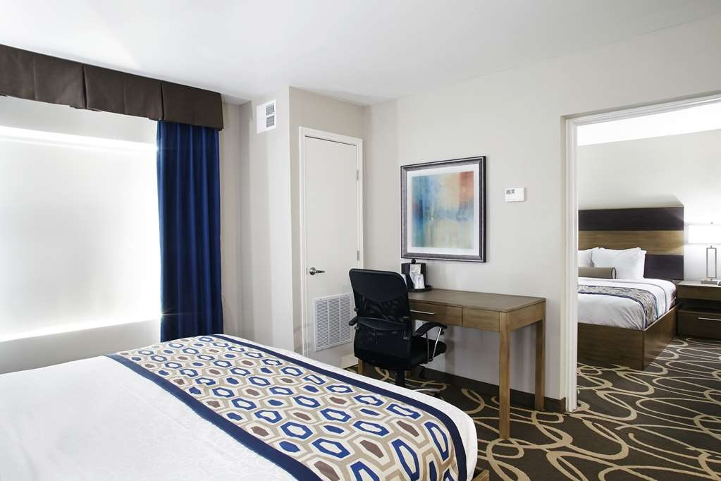 Best Western Plus Downtown North - king room