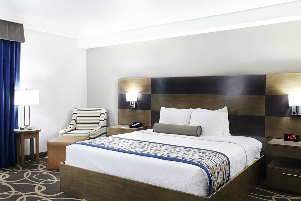 Best Western Plus Downtown North - Designed for corporate and leisure traveler alike, make a reservation in this King Room.