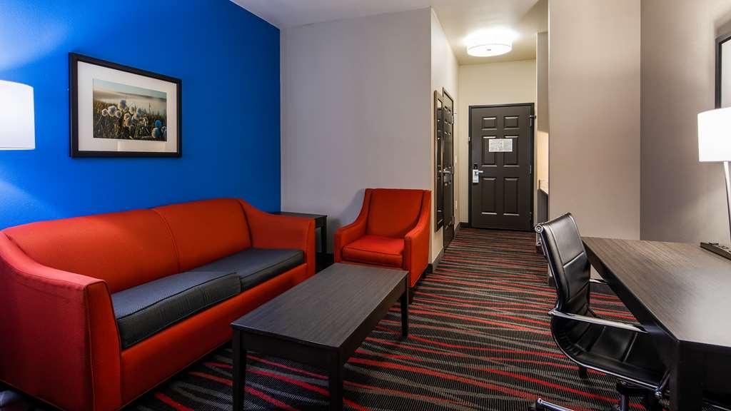 Best Western Plus Tech Medical Center Inn - Suite