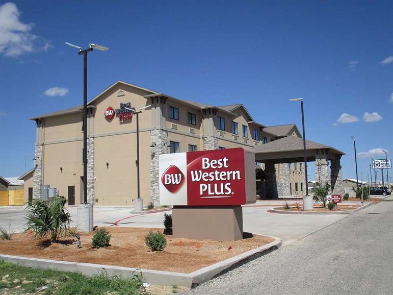 Best Western Plus Big Lake Inn - Area esterna