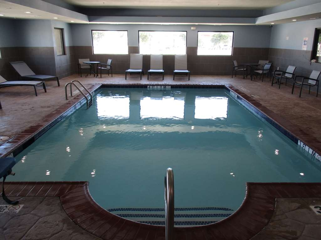 Best Western Plus Big Lake Inn - piscina coperta