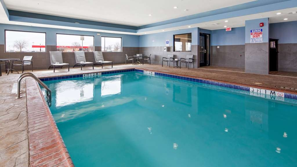 Best Western Plus Big Lake Inn - Piscina