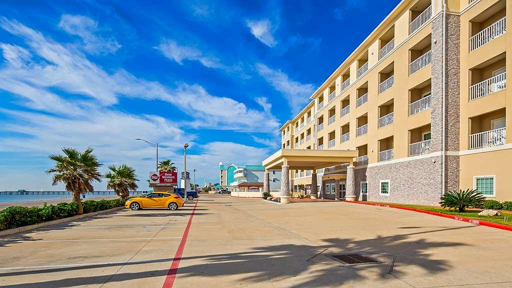 Best Western Plus Galveston Suites - Facciata dell'albergo