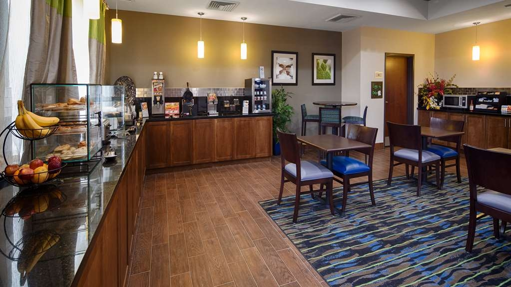 Best Western Plus Denver City Hotel & Suites - Le petit déjeuner buffet
