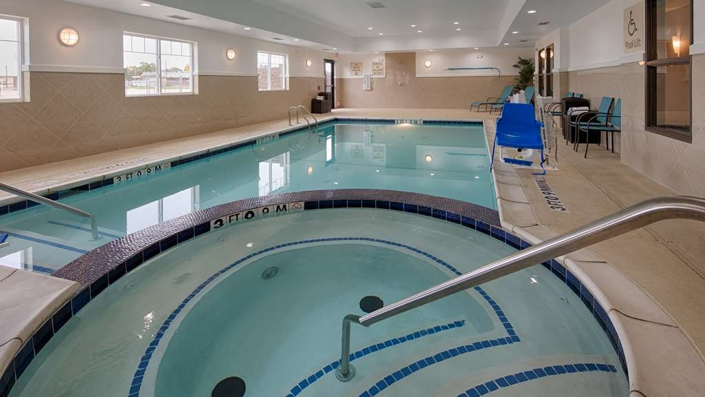 Best Western Plus Denver City Hotel & Suites - Indoor Pool and Hot Tub