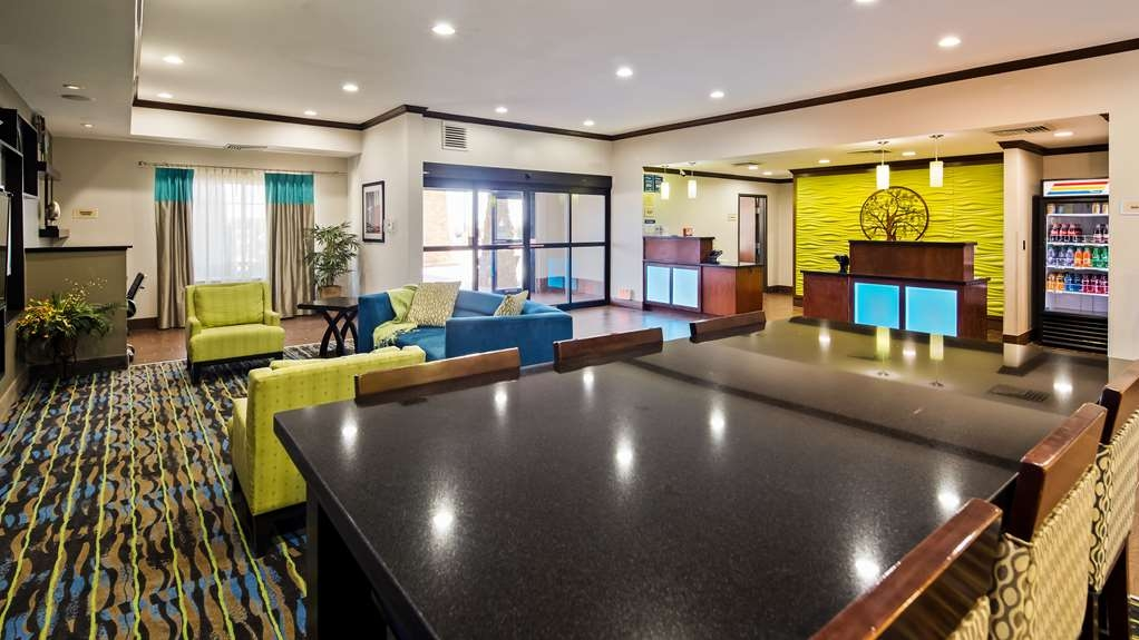 Best Western Plus Denver City Hotel & Suites - Vue du lobby