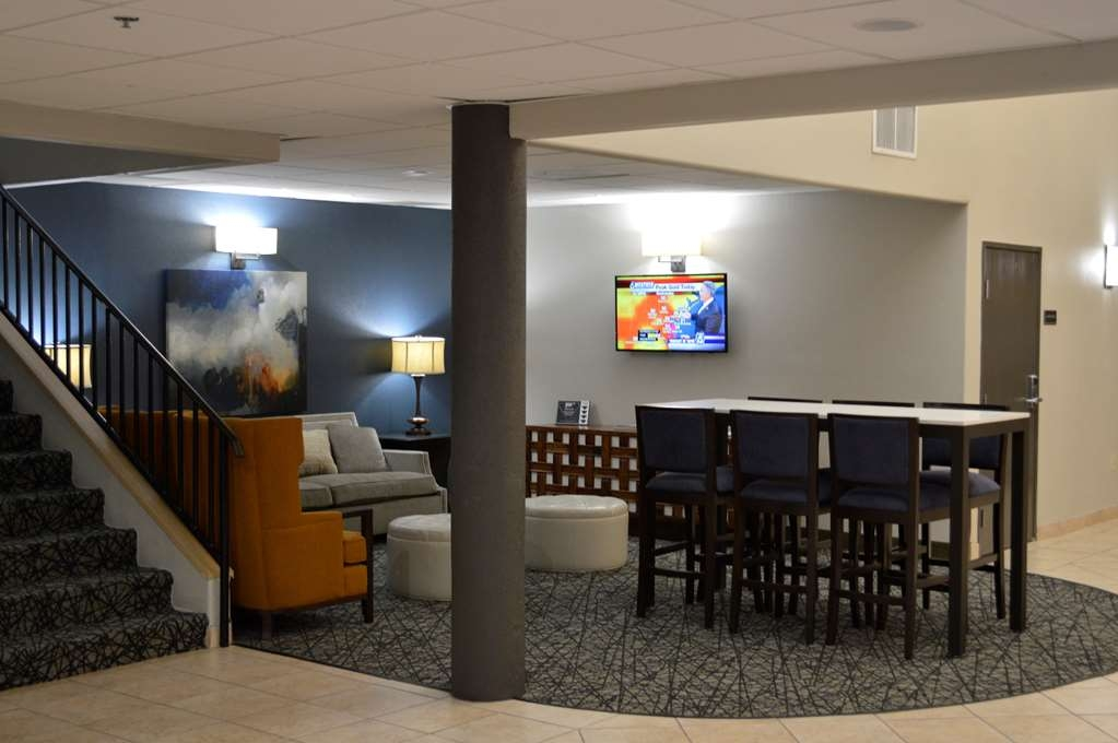 Best Western Northwest Corpus Christi Inn & Suites - Business and leisure travelers alike will notice our lobby is the perfect refuge for today's active traveler