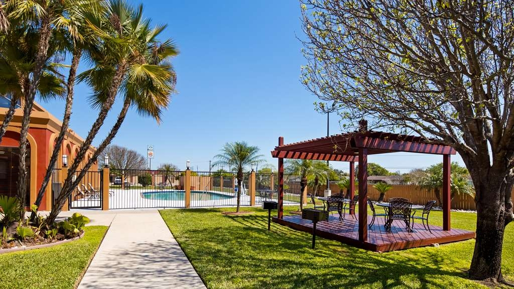 Best Western Northwest Corpus Christi Inn & Suites - Vista Exterior