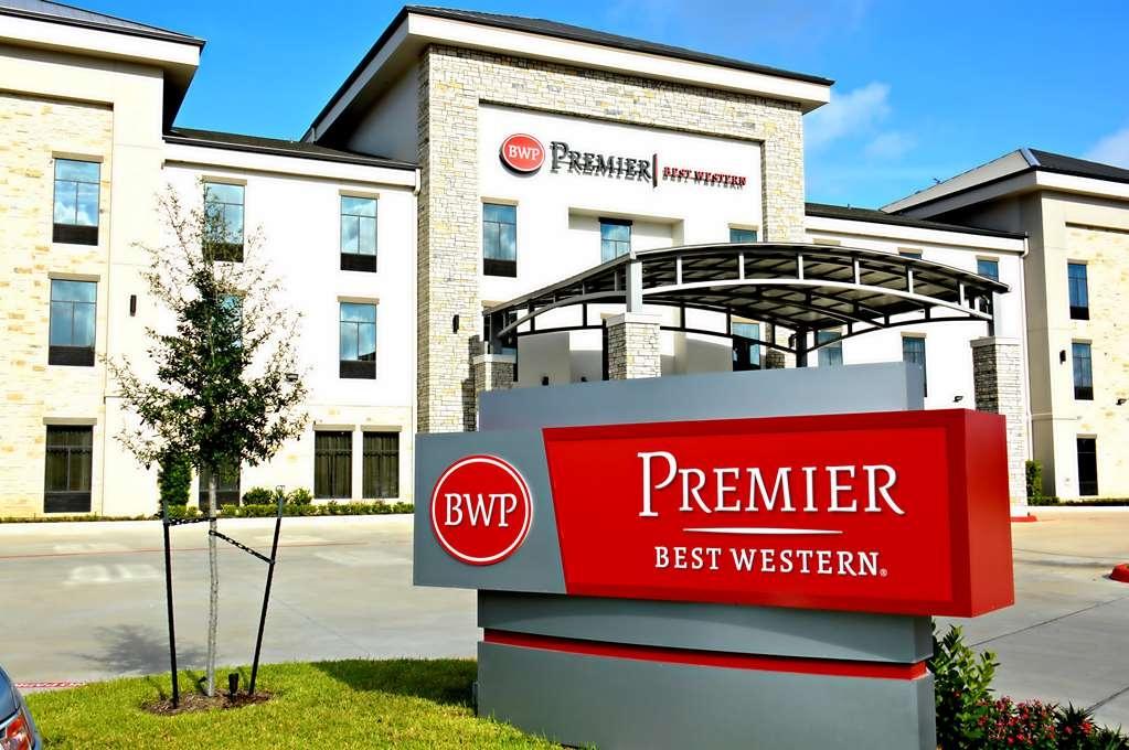 Best Western Premier Energy Corridor - Façade