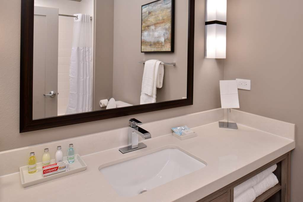 Best Western Premier Energy Corridor - Two Double Queen Bed Suite Bathroom Vanity