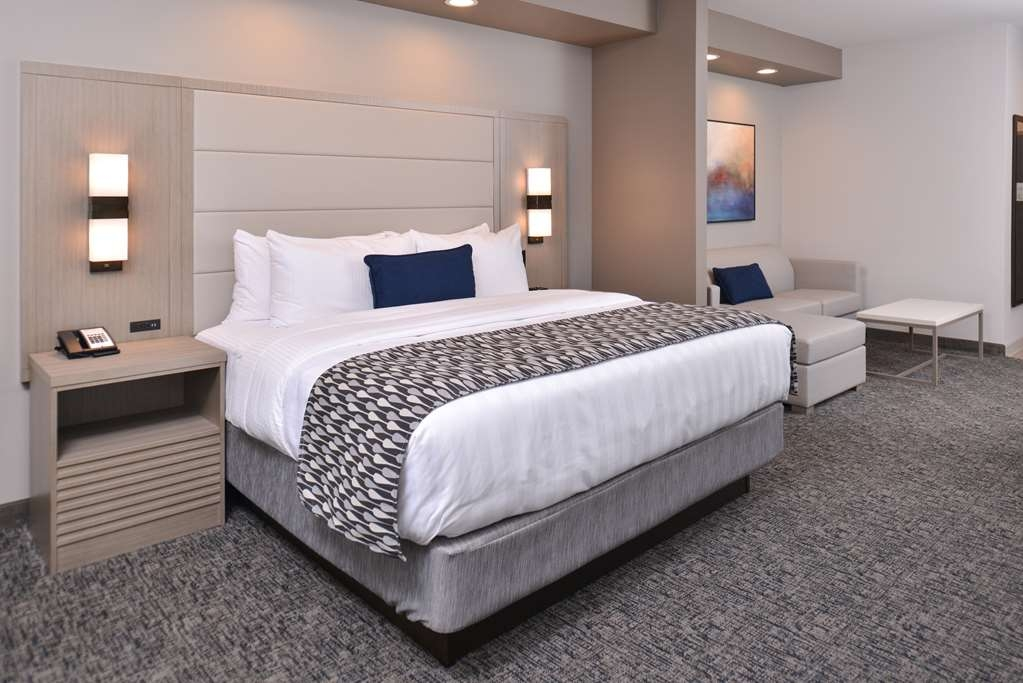Best Western Premier Energy Corridor - King Suite with Sleeper Sofa