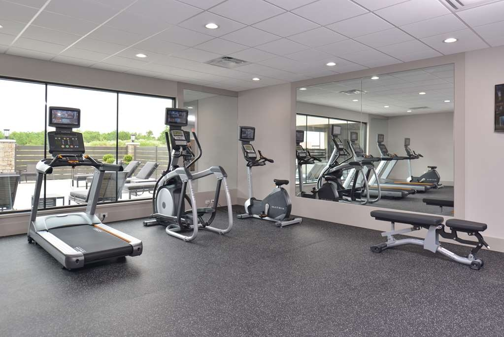Best Western Premier Energy Corridor - Well-equipped fitness center