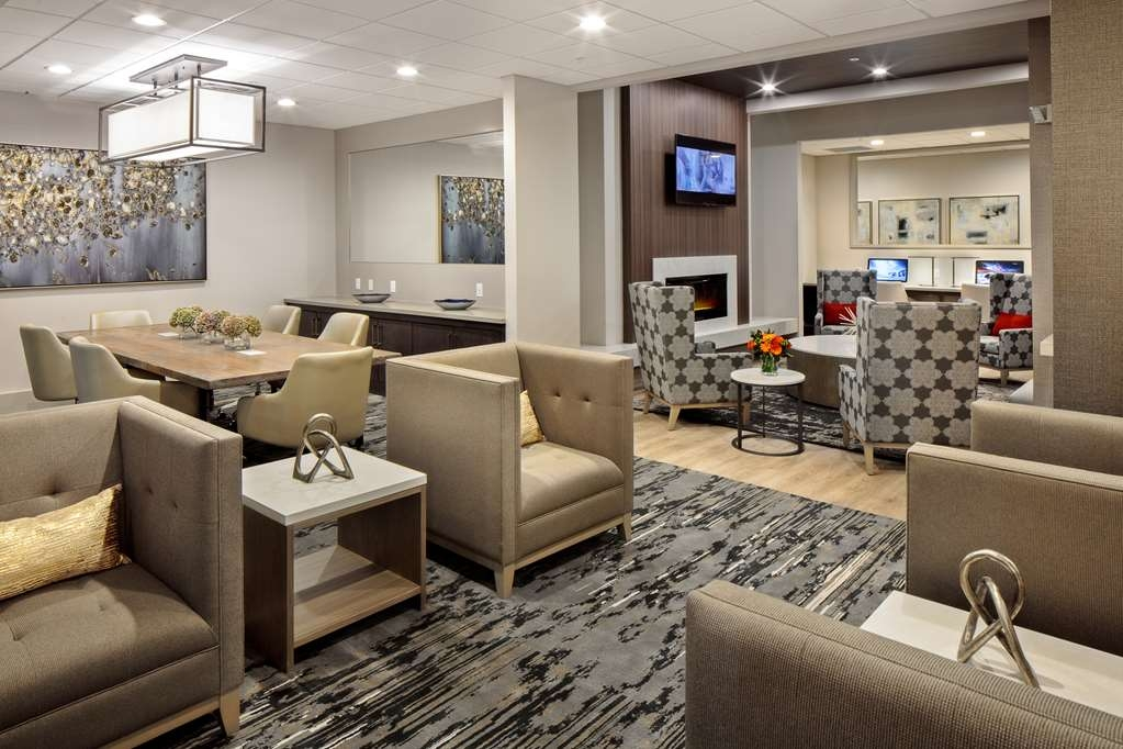 Best Western Premier Energy Corridor - Bar/Lounge