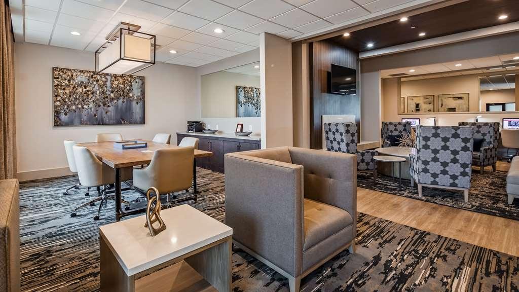 Best Western Premier Energy Corridor - Lounge
