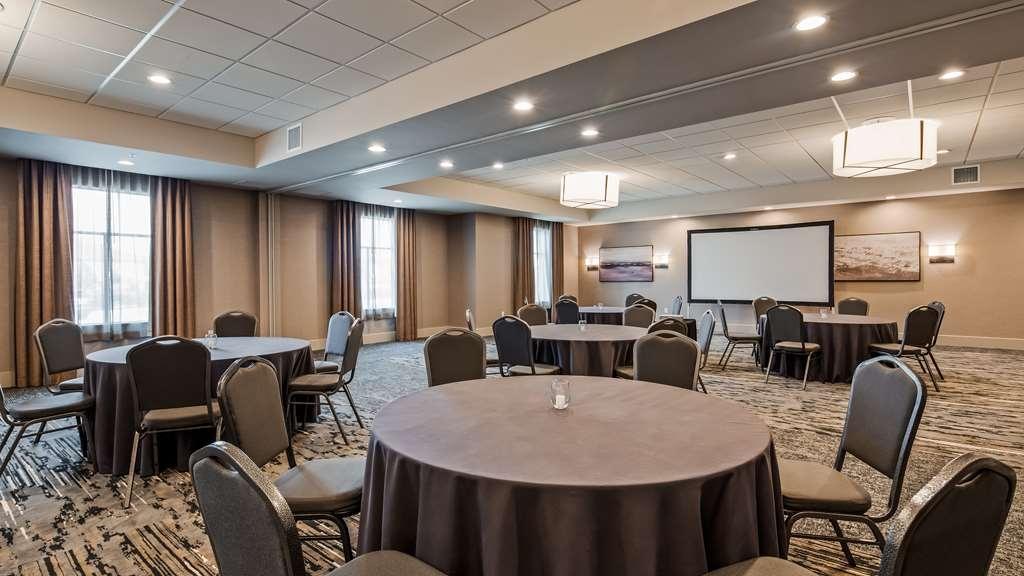Best Western Premier Energy Corridor - The Premier Room