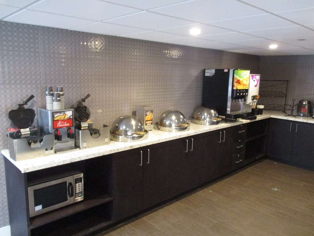 Best Western Plus Austin Central - Desayuno Buffet