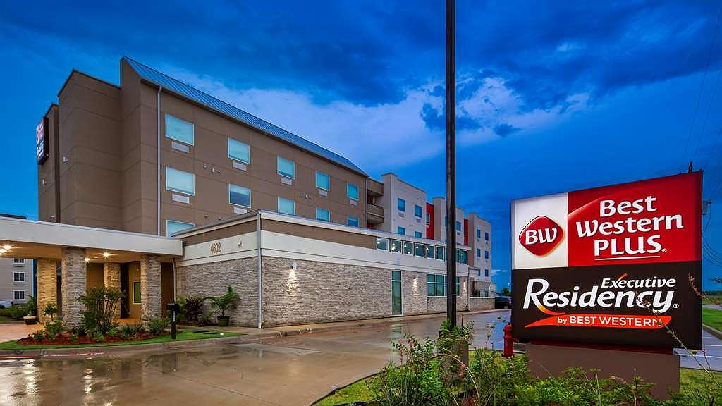 Best Western Plus Executive Residency Baytown - Aussenansicht