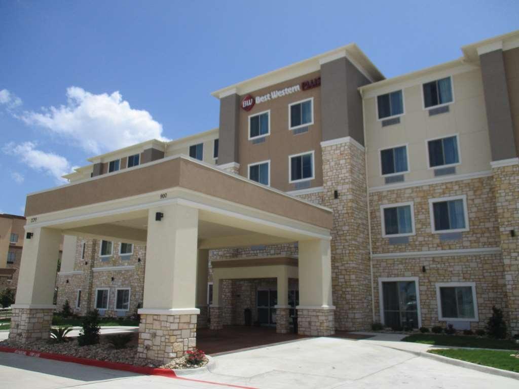 Best Western Plus Buda Austin Inn & Suites - Façade