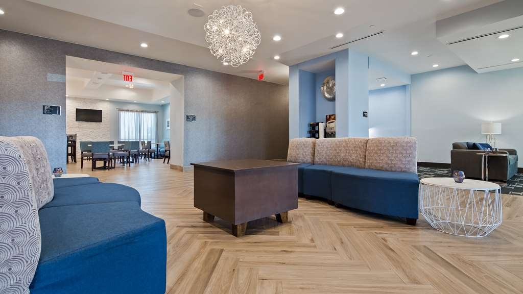 Best Western Plus Buda Austin Inn & Suites - Hall