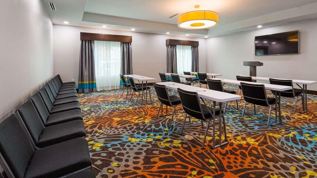 Best Western Plus Pasadena Inn & Suites - Sala de reuniones