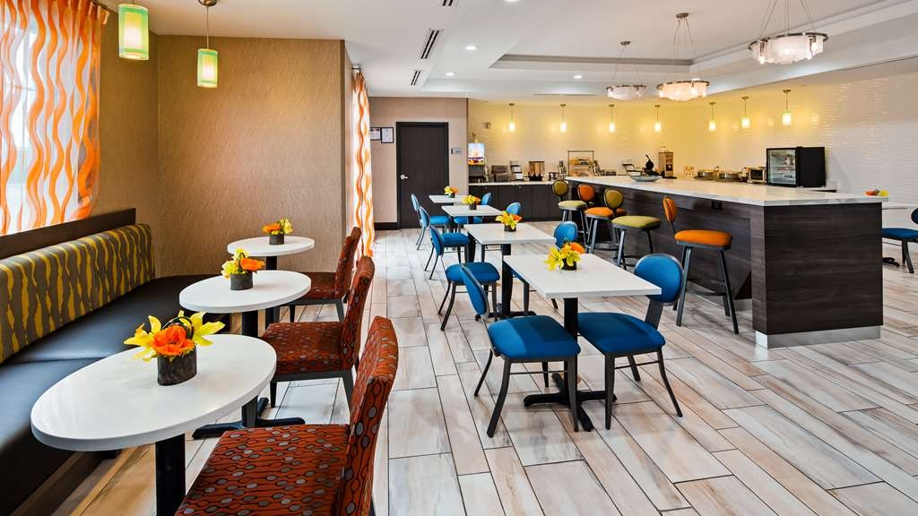 Best Western Plus Pasadena Inn & Suites - Restaurante/Comedor