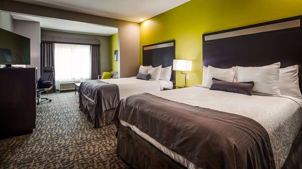Best Western Plus Bay City Inn & Suites - Double Queen Guest Suite
