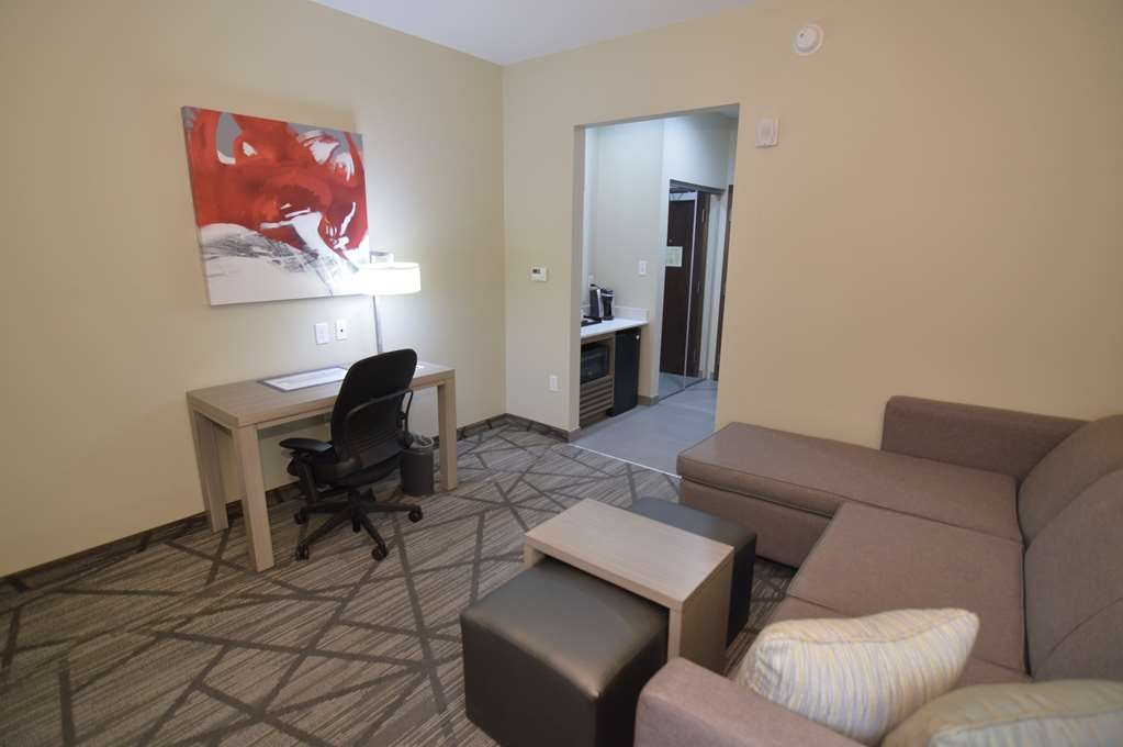 Best Western Plus Houston I-45 North Inn & Suites - Suite