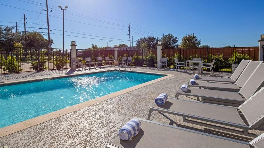 Best Western Plus Houston I-45 North Inn & Suites - Outdoor Pool