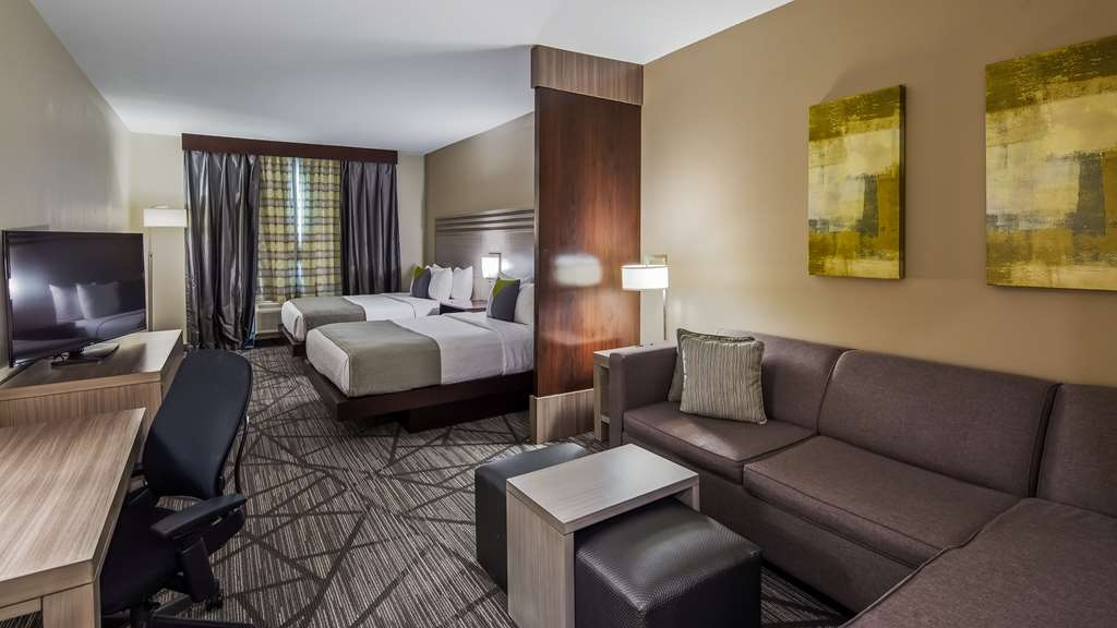 Best Western Plus Houston I-45 North Inn & Suites - Double Queen Guest Suite