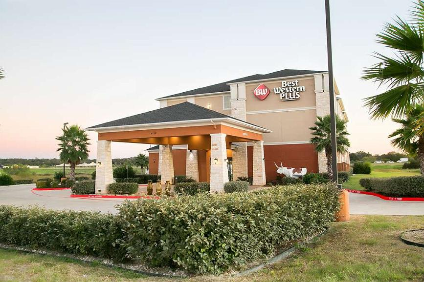 Best Western Plus Longhorn Inn & Suites - Vista exterior