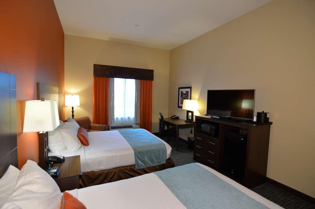 Best Western Plus Longhorn Inn & Suites - Habitaciones/Alojamientos