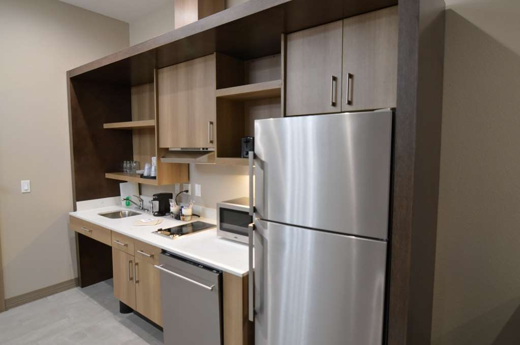 Best Western Plus Executive Residency IH-37 Corpus Christi - DSC