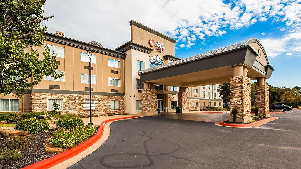 Best Western Plus Longview - University Hotel - Facciata dell'albergo