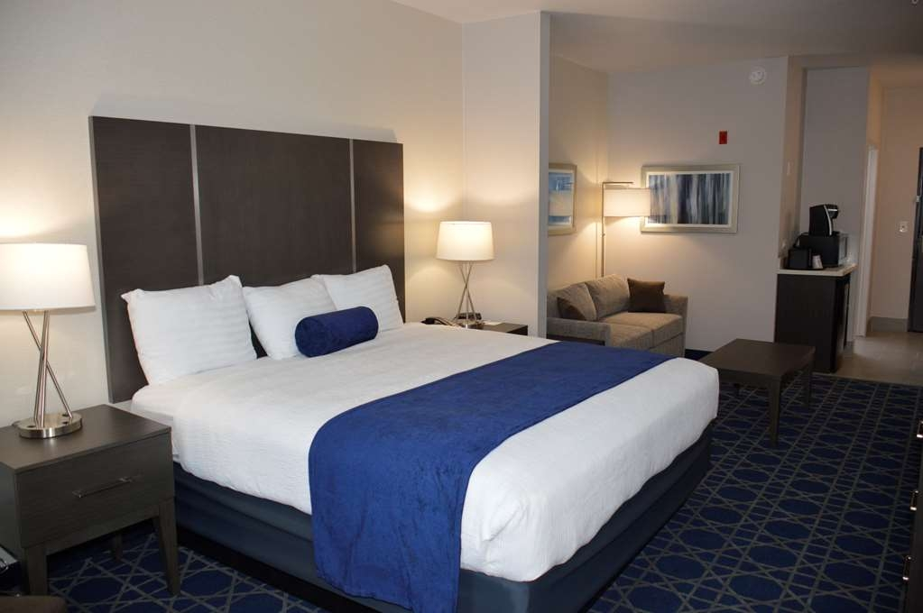 Best Western Plus Longview South Hotel - Suite