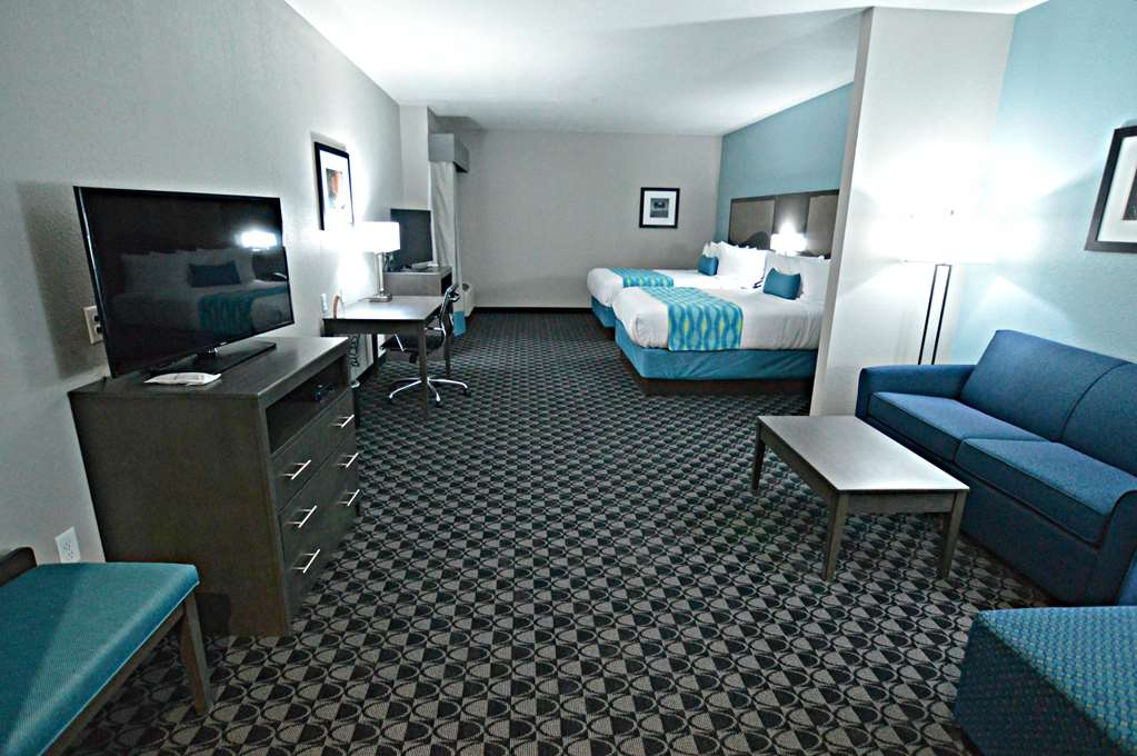 Best Western Plus Waller Hotel - Suite