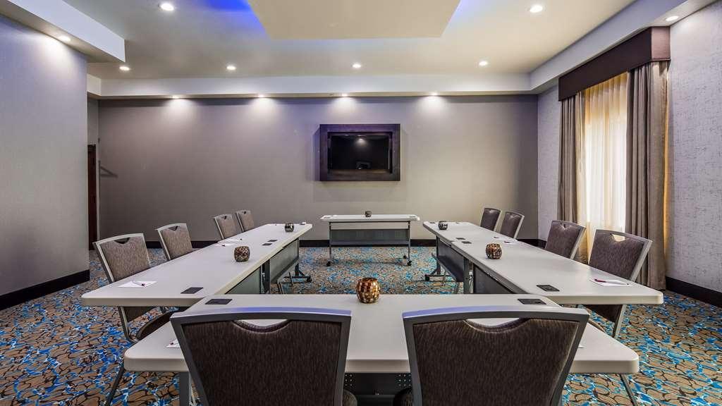 Best Western Plus Waller Hotel - Sale conferenze