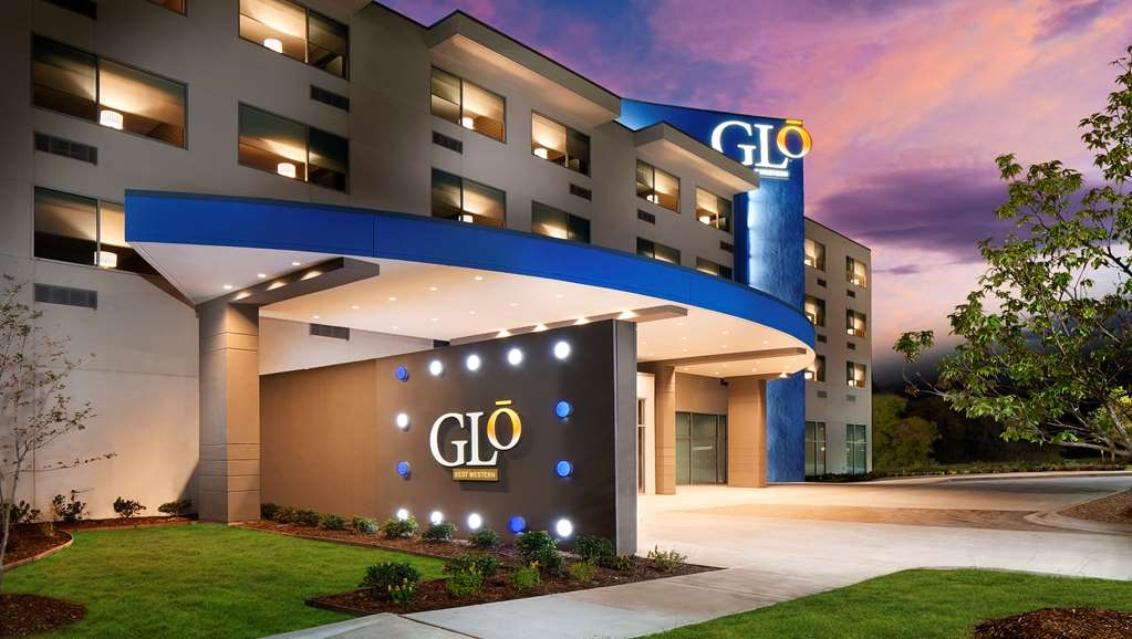 GLo Best Western DeSoto Dallas - Experience the true meaning of a bright, bold and rewarding style at the GLō Best Western DeSoto Dallas.