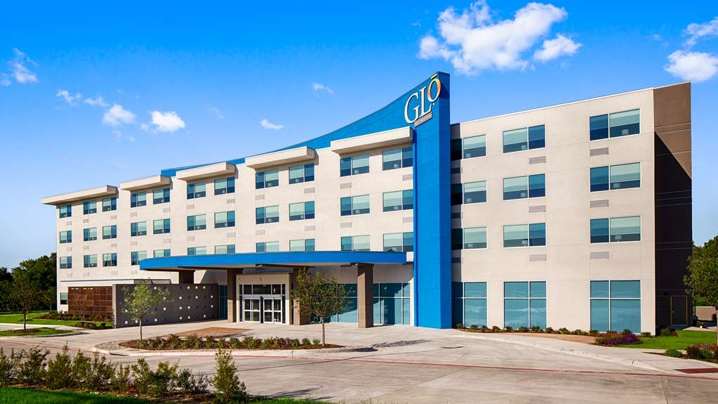 GLo Best Western DeSoto Dallas - When your travels take you to Desoto, stay at the GLō Best Western DeSoto Dallas. We love having you here!