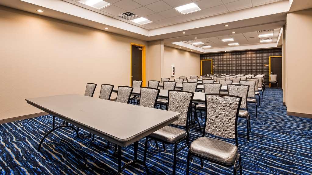 GLo Best Western DeSoto Dallas - Sala de reuniones