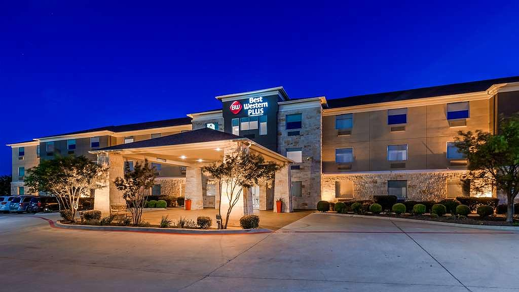 Best Western Plus Killeen/Fort Hood Hotel & Suites - Vista exterior