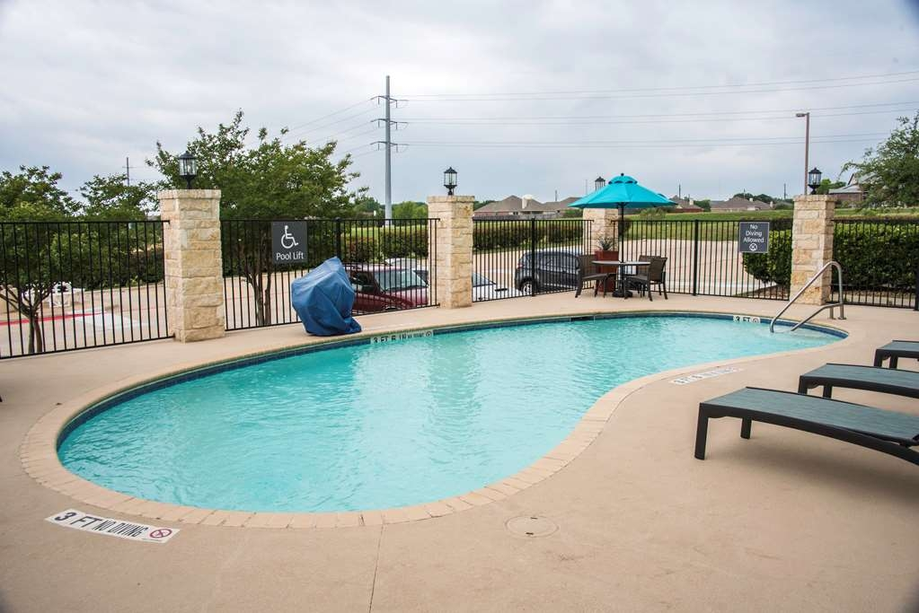Best Western Plus Killeen/Fort Hood Hotel & Suites - Outdoor Pool