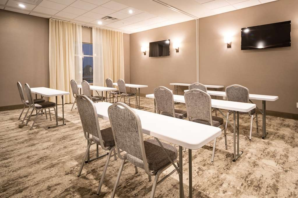 Best Western Plus Executive Residency Austin - Need to schedule a meeting for business? We have space available for you and your clients.