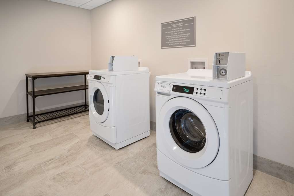 Best Western Plus Executive Residency Austin - Leave with clean clothes and utilize our onsite guest laundry.