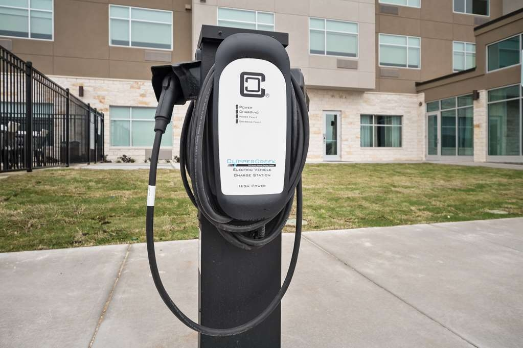 Best Western Plus Executive Residency Austin - Are you energy efficient? We offer an electric charging station for your convenience.