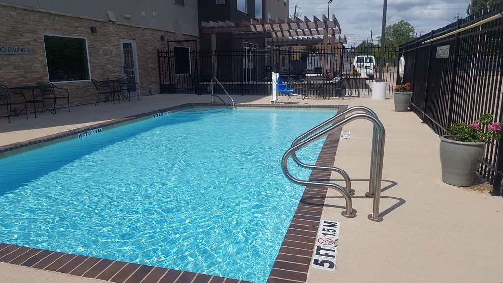 Best Western Plus Westheimer-Westchase Inn & Suites - Poolansicht