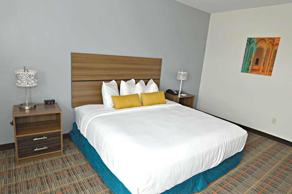 Best Western Ingleside Inn & Suites - Suite