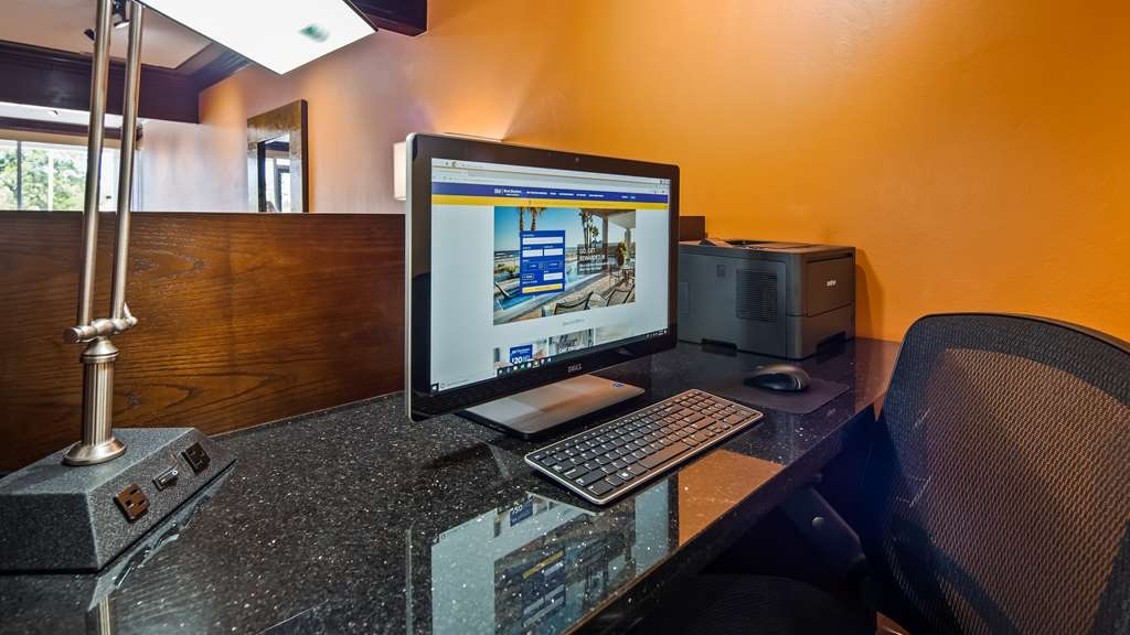 Best Western Butch Cassidy Inn - Stay connected in our business center.