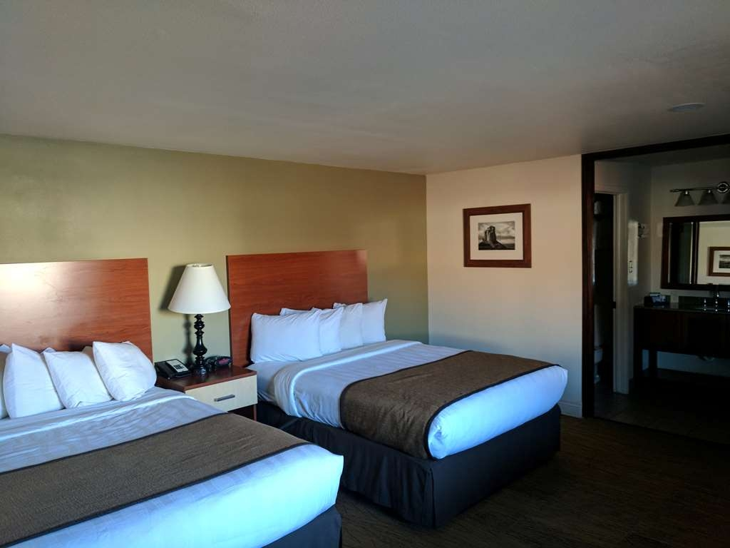 Best Western Red Hills - Enjoy free Wi-Fi in all of our guest rooms!