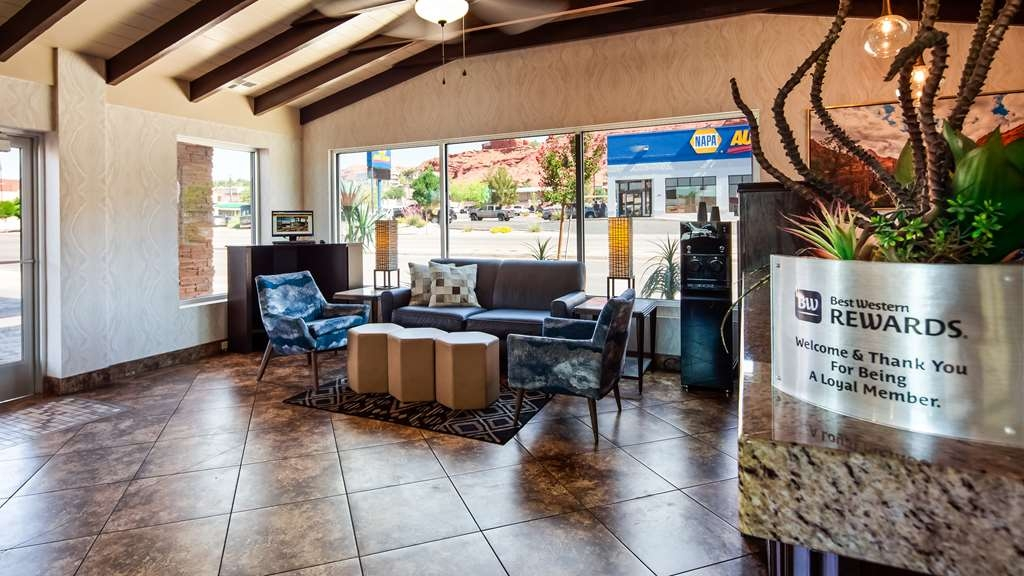 Best Western Travel Inn - Lobby